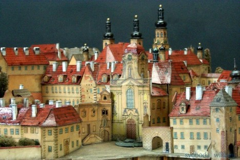 175254-14-museum-of-the-capital-city-of-prague-langweils-model